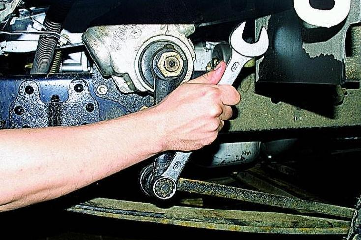 Замена рулевых наконечников газель своими руками