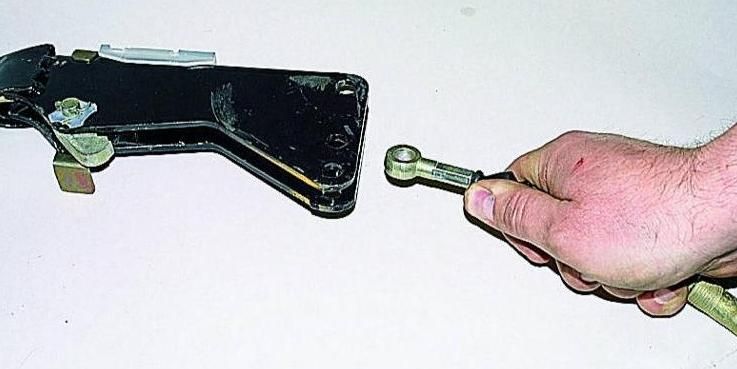 Ремонт и регулировка стояночного тормоза автомобиля Газель