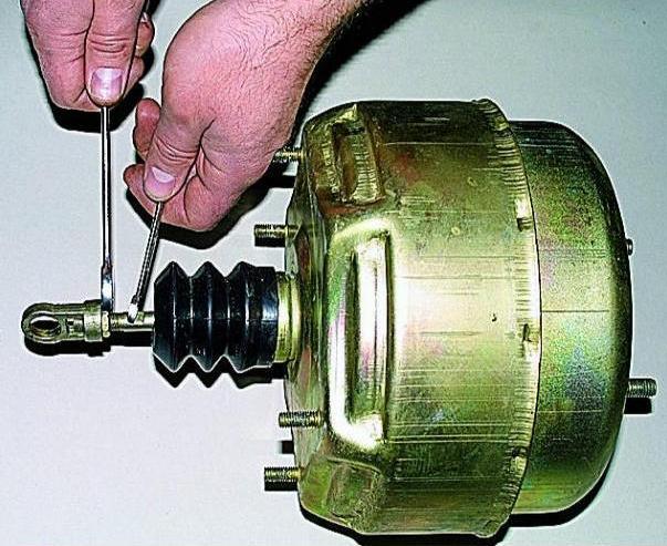 Ремонт вакуумного усилителя тормозов уаз своими руками 50