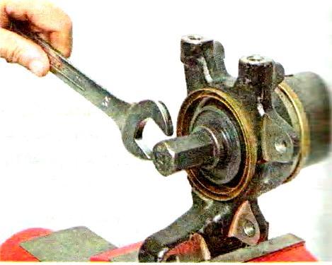Как поменять подшипник ступицы на приоре